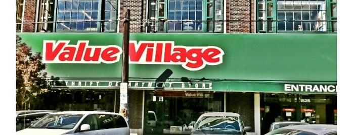 Value Village is one of สถานที่ที่ Charlie ถูกใจ.