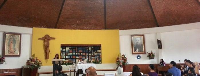 Templo De Los Misioneros Xaverianos is one of สถานที่ที่ Nomnomnom ถูกใจ.