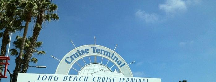 Long Beach Cruise Terminal is one of Orte, die Laura gefallen.