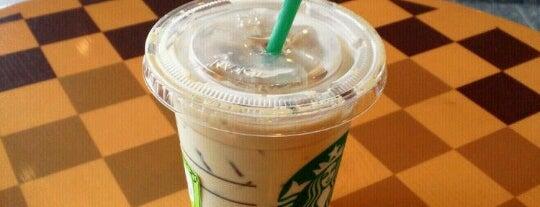 Starbucks is one of สถานที่ที่ たれ蔵 ถูกใจ.