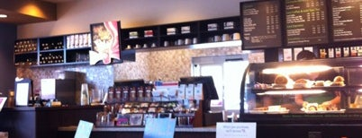 Starbucks is one of สถานที่ที่ Chris ถูกใจ.