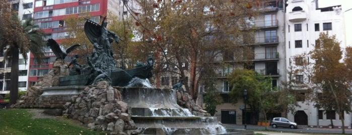 Fuente Alemana is one of Lugares, plazas y barrios de Santiago de Chile.