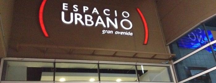 Espacio Urbano is one of Centros Comerciales de Santiago.
