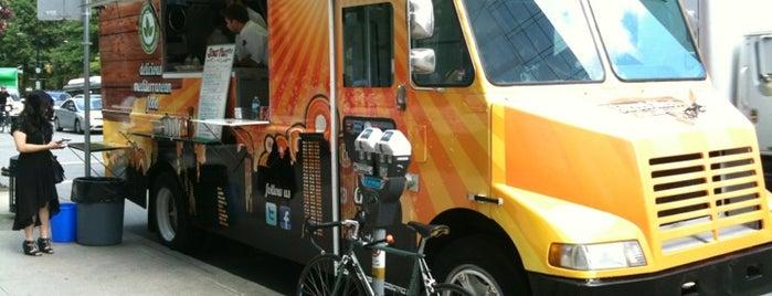 Street Meet Truck is one of Food Trucks Vancouver.