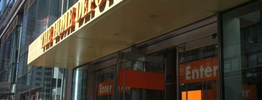The Home Depot is one of Emily'in Beğendiği Mekanlar.