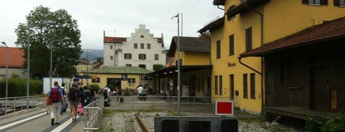 Bahnhof Füssen is one of Locais curtidos por Fatih.