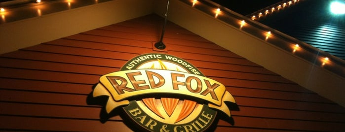 Red Fox Bar and Grille is one of Locais curtidos por Rob.