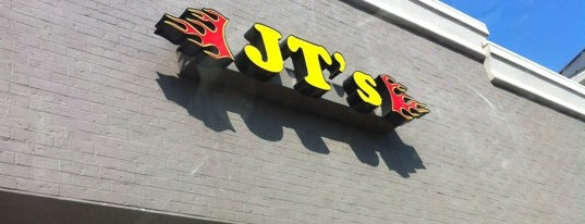 JT's Burger and Wings is one of Posti che sono piaciuti a Leighann.