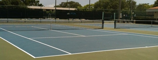 Cape Canaveral Recreation Center is one of Orte, die Gillian gefallen.