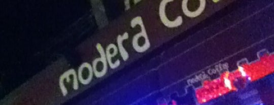 Modera Mood Bar is one of Locais curtidos por MMTMRT 💎.