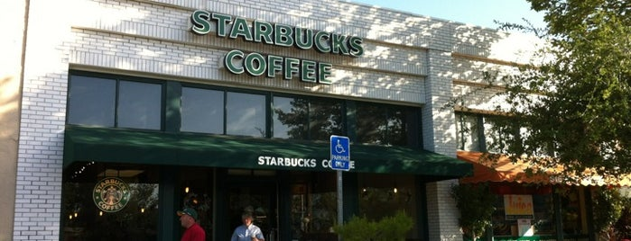 Starbucks is one of Lieux qui ont plu à Keith.