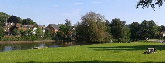 Lowndes Park is one of Locais curtidos por Carl.
