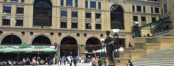 Nelson Mandela Square is one of World Sites.