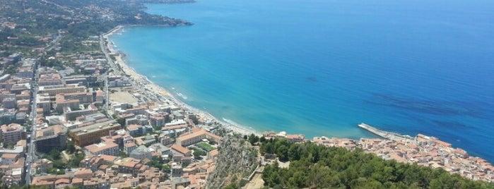 Castello Cefalu is one of 🏰 IT Unesco List 🇮🇹.
