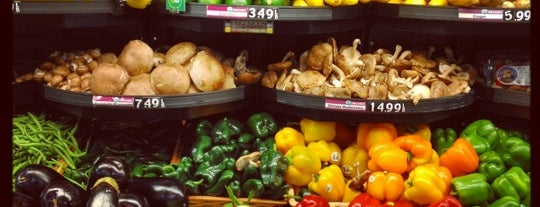 New Leaf Market Co-op is one of Tally Saves.