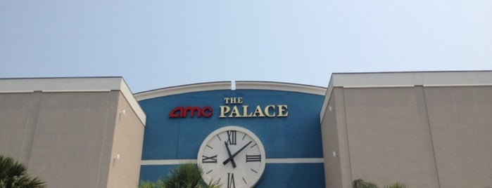 AMC Clearview Palace 12 is one of Lugares favoritos de Michelle.
