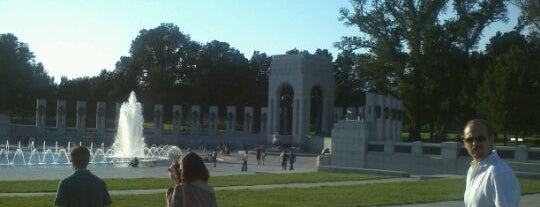 World War II Memorial is one of Places that are checked off my Bucket List!.