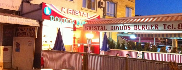 Kristal DoyDos Burger is one of Ferid 님이 저장한 장소.