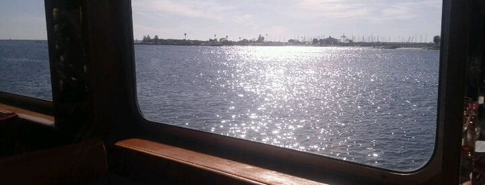 Yacht StarShip Dining Cruises is one of Cigar Friendly Tampa Bay.