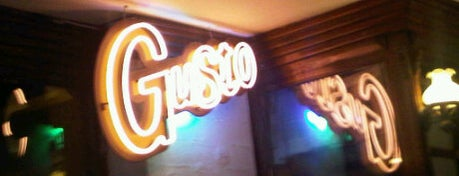 Gusto is one of Cafe & Pub in İzmir.