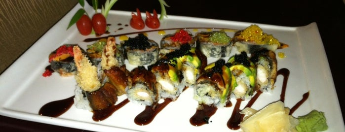 Yi En Asian Cuisine is one of Mer's Liked Places.