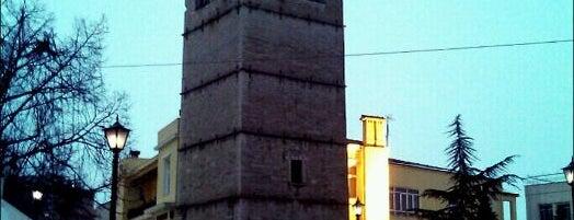 Nikis Square is one of Orte, die Ioanna gefallen.