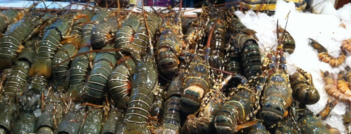 Savoey Seafood is one of PHUKET.