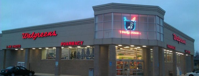 Walgreens is one of Lieux sauvegardés par Anthony.