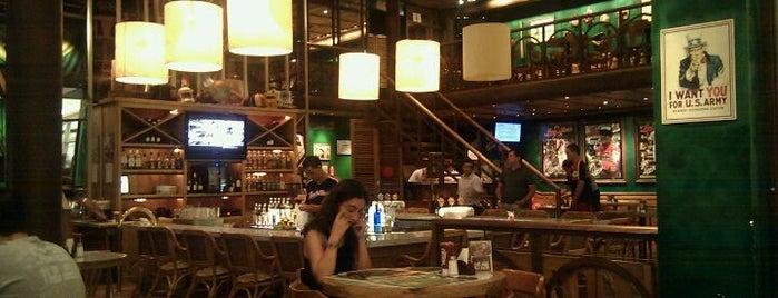 Joe & Leo's is one of Restaurantes, Bares e Coffee Shops favoritos.