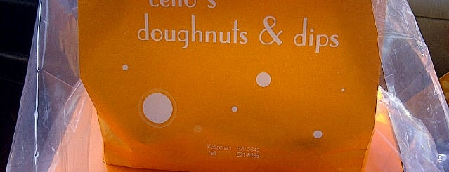 Cello's Doughnuts and Dips is one of Christa 님이 좋아한 장소.
