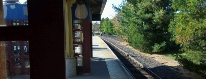 Metro North - Pawling Train Station is one of Harlem Line (Metro-North).