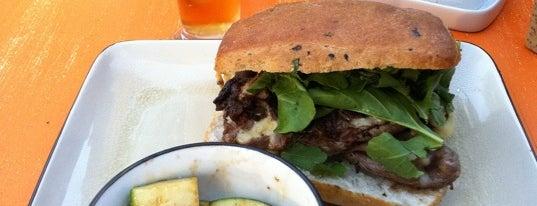 """It Sandwich & Bar is one of La """"Feria del Sánguche"""" todo el año."""