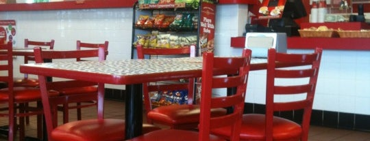 Firehouse Subs is one of Locais curtidos por Alan-Arthur.