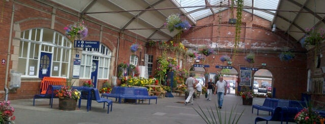 Bridlington Railway Station (BDT) is one of Lieux qui ont plu à Carl.