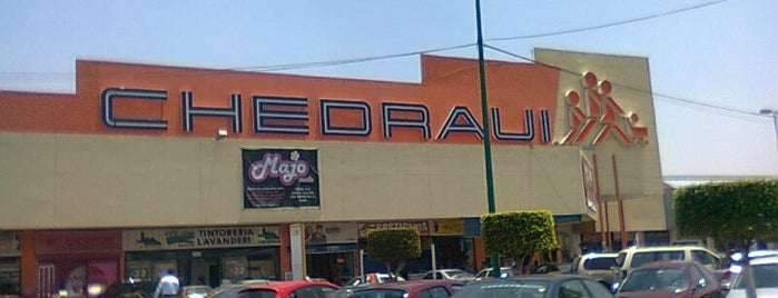 Chedraui is one of Centros comerciales predilectos.