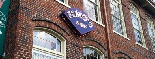 Elmo's Diner is one of Lieux sauvegardés par Hannah.