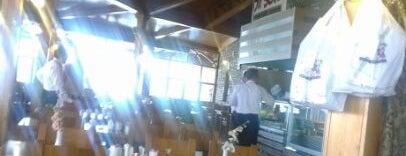 Birsen Kebap is one of sevdiğim ,gitttiğim cafeler ve barlar.