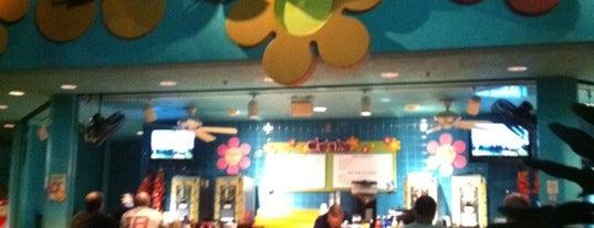 Petals Pool Bar is one of Best Of DizKnee.