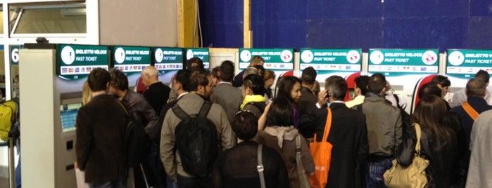 Stazione Verona Porta Nuova is one of Top 100 Check-In Venues Italia.