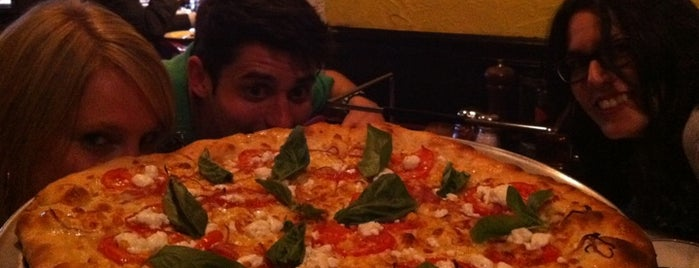 Radius Pizza is one of ♥ Columbia Heights / Mt. Pleasant.
