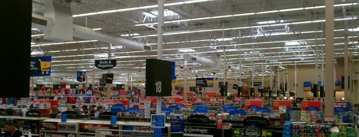 Walmart is one of Lieux qui ont plu à Kraig.