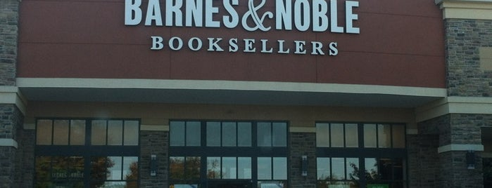 Barnes & Noble is one of amyさんの保存済みスポット.