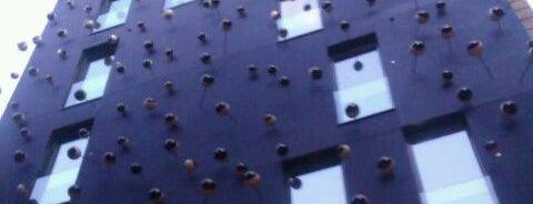 Hotel Ohla is one of 101 llocs a veure a Barcelona abans de morir.