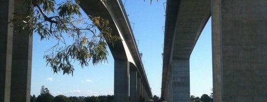 Sir Leo Hielscher (Gateway) Bridge is one of BCA Campaign 2011 Illumination Events.