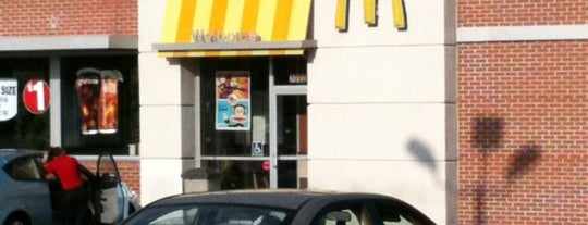 McDonald's is one of Lugares favoritos de Matt.