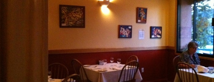Solano Grill and  Bar is one of Solano Avenue restaurants.