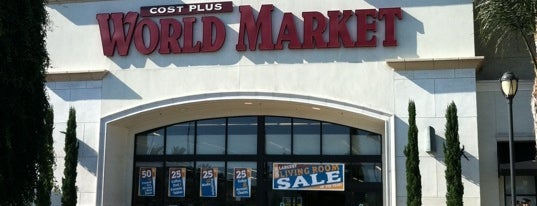 Cost Plus World Market is one of Tempat yang Disukai Amaya.