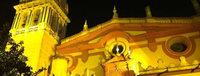 Bar El Bistec is one of Las mejores tapas de Sevilla.