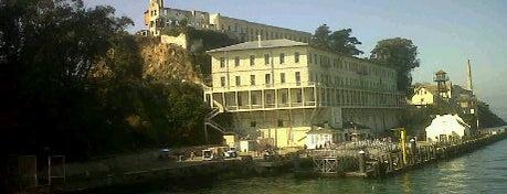 Alcatraz Adası is one of Must Visit Spots In San Francisco.