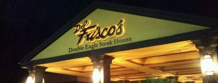 Del Frisco's Double Eagle Steak House is one of Gespeicherte Orte von Lizzie.